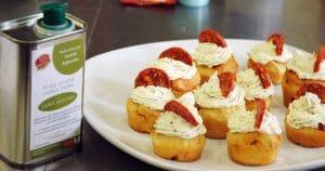 Cupcake au chorizo, ail et fines herbes, huile d'olive goût intense