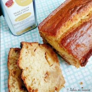 Recette de cake aux pommes caramélisées à l'huile d'olive