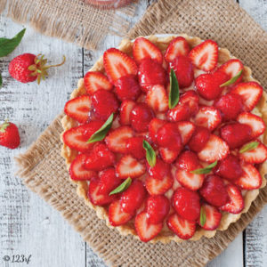 Tarte aux fraises et basilic, crème patissière à l'huile d'olive