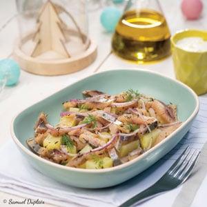 Salade de harengs marinés