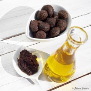 Olives noires de Nyons AOP, huile d'olive de Nyons AOP et Affinade