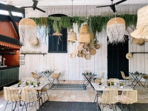 Salle restaurant la maison de petit pierre - pierre augé - béziers - portrait de chef