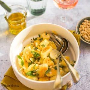 Gnocchis maison huile d'olive parmesan basilic