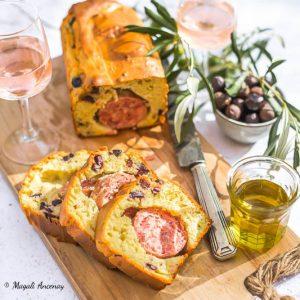 Saucisson brioché aux olives