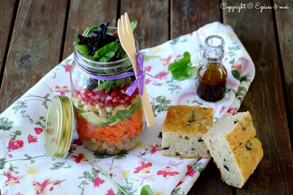 Epices-&-moi-Foccacia-salade-huile-d'olive